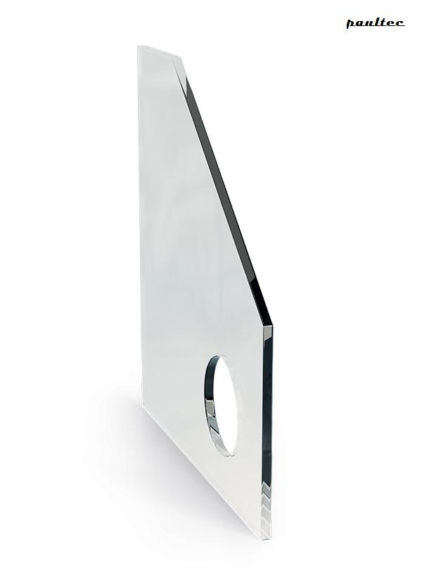 Oeffnungen-im-Glas-600x830-1